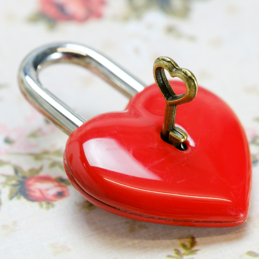 heart shaped lock with heart key