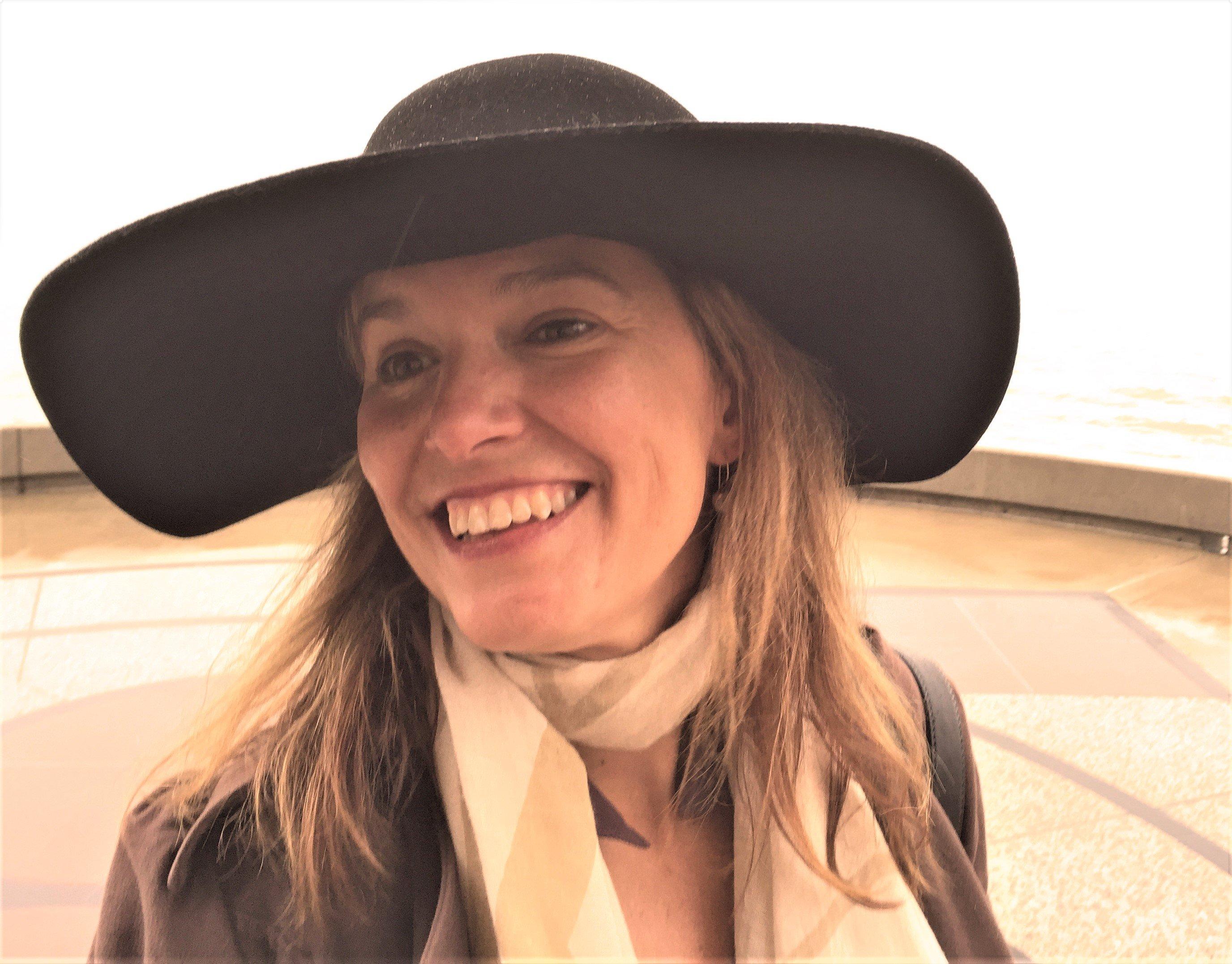 ElizabethCoffman_Headshot1