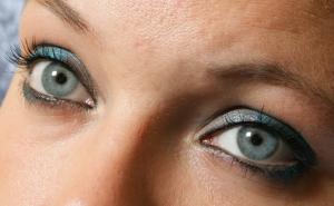 1373700_blue_eyes