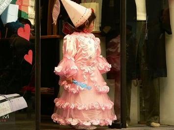 Carnival_in_Valletta_-_Costume_little_Princess