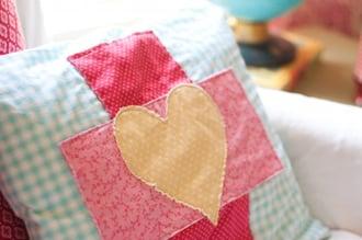 Red Cross–inspired Appliqué Pocket Pillow