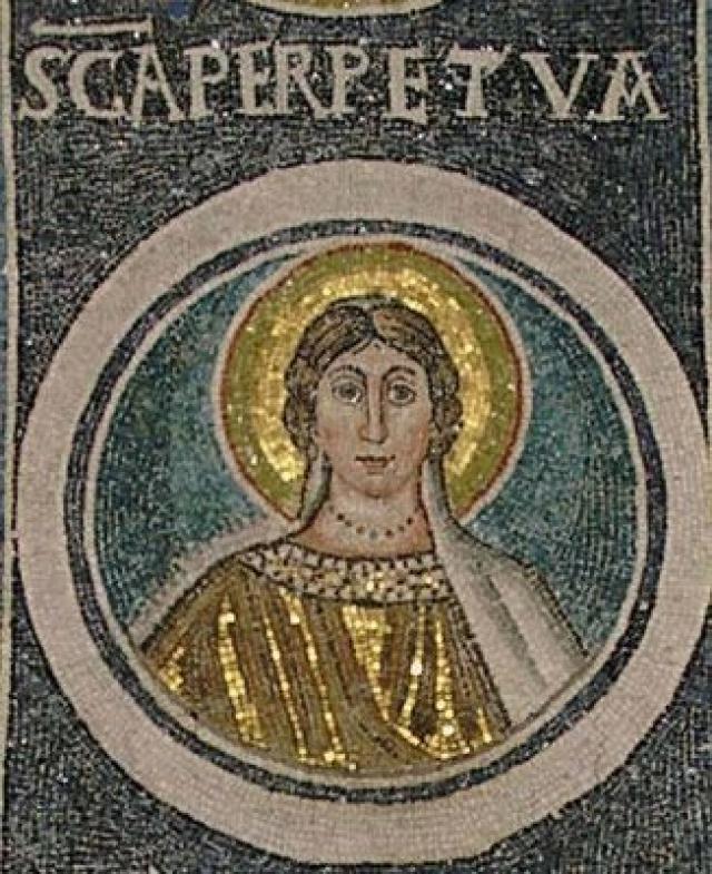 5 Mama Saints