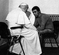 Pope-John-Paul-w-assassin