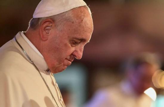 """Pope Francis Malacanang 7"" by Benhur Arcayan - Malacañang Photo Bureau. Licensed under Public Domain via Wikimedia Commons."