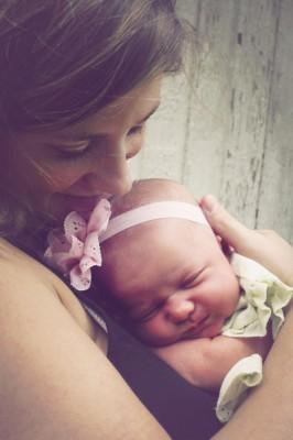 Sara-Newborn-Pics1-3-copy-e1414515415705