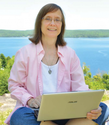 "CatholicMom.com contributor and ""New Evangelizer"" Ellen Gable Hrkach."