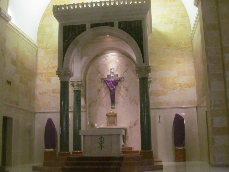"""""""3 ways to cultivate silence during Holy Week"""" by Annemarie Miller (CatholicMom.com)"""