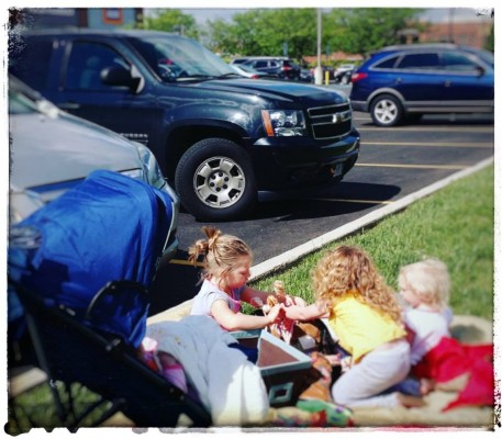 """Grocery Shop with a Friend! In """"Defrazzling Mom"""" by Michele Faehnle for CatholicMom.com"""