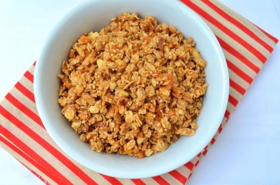 Amaranth Hemp Seed Apricot Granola (oil-free)
