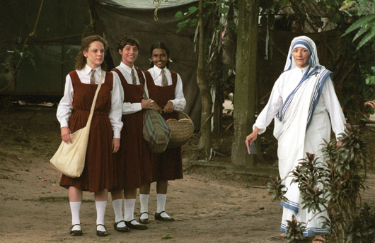 mother teresa olivia hussey movie pic