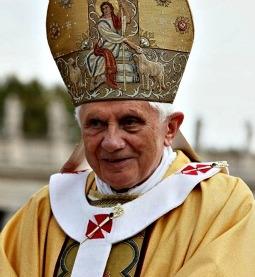 pope-255x277