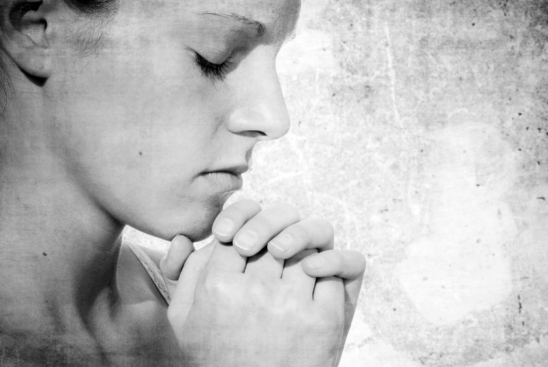 """""""Praying through distractions"""" by Charisse Tierney (CatholicMom.com)"""