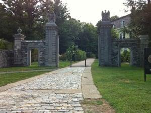 wellesley-college-entrance