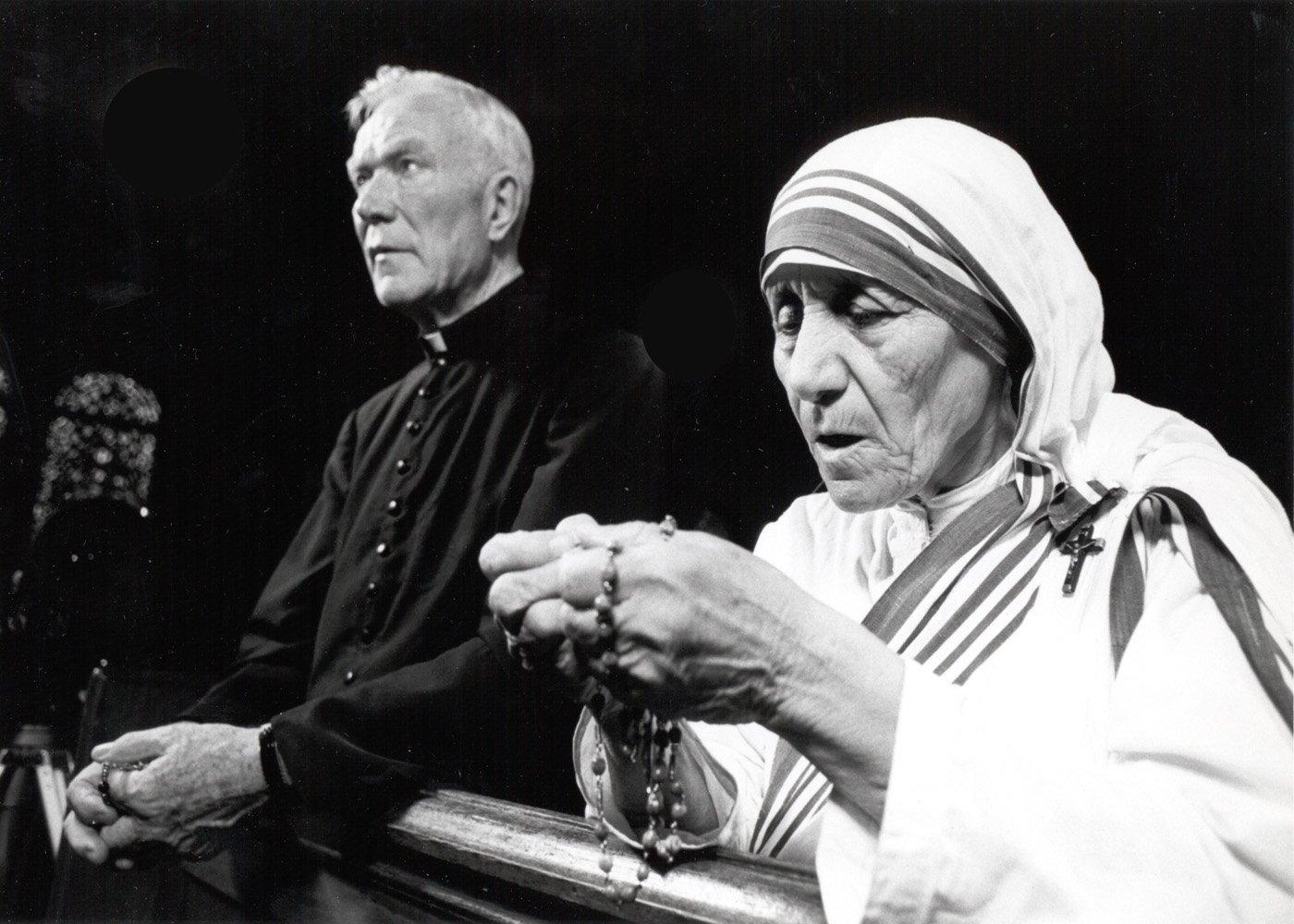 Mother Teresa & Fr Peyton2
