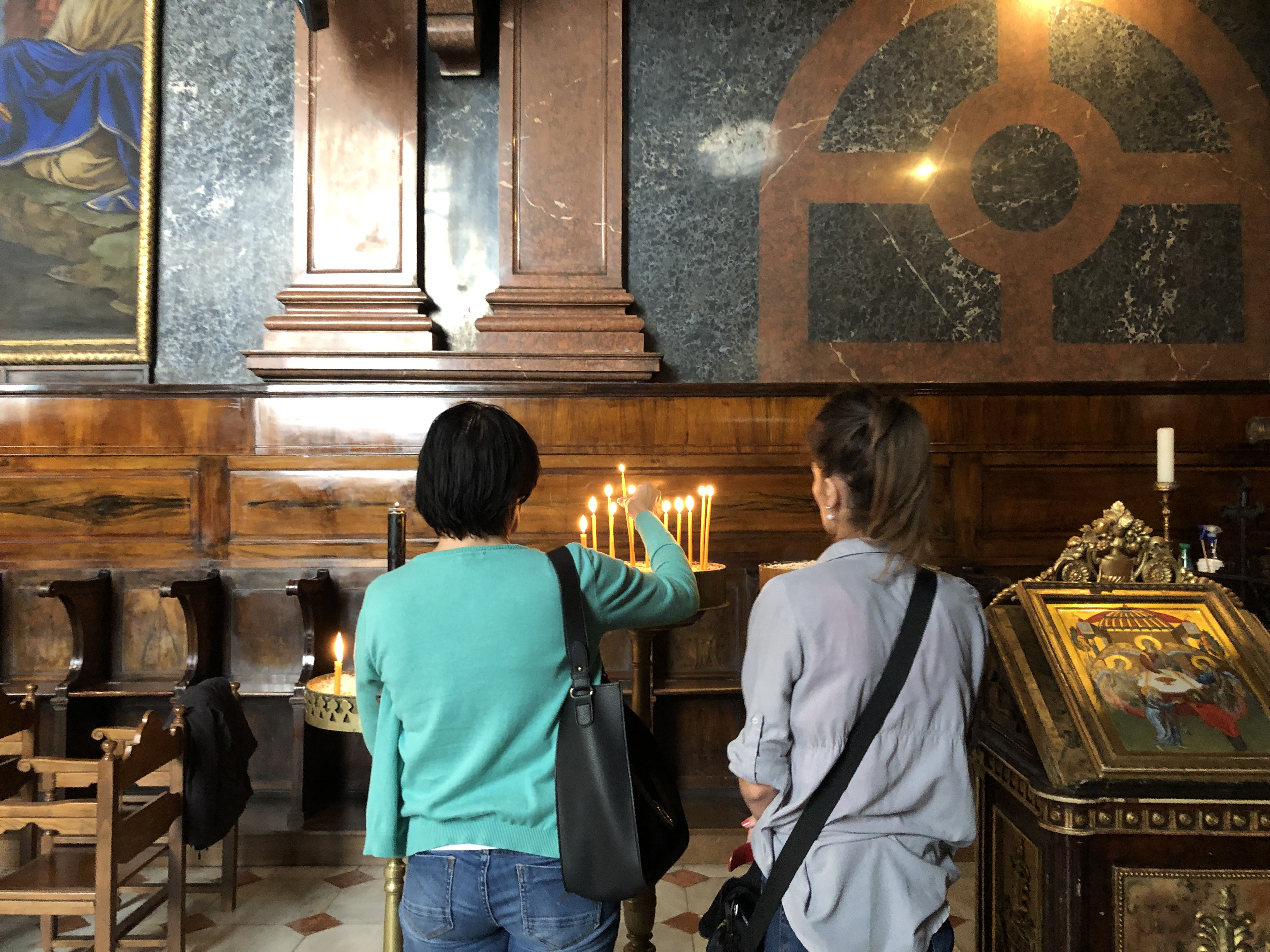 Vienna Praying