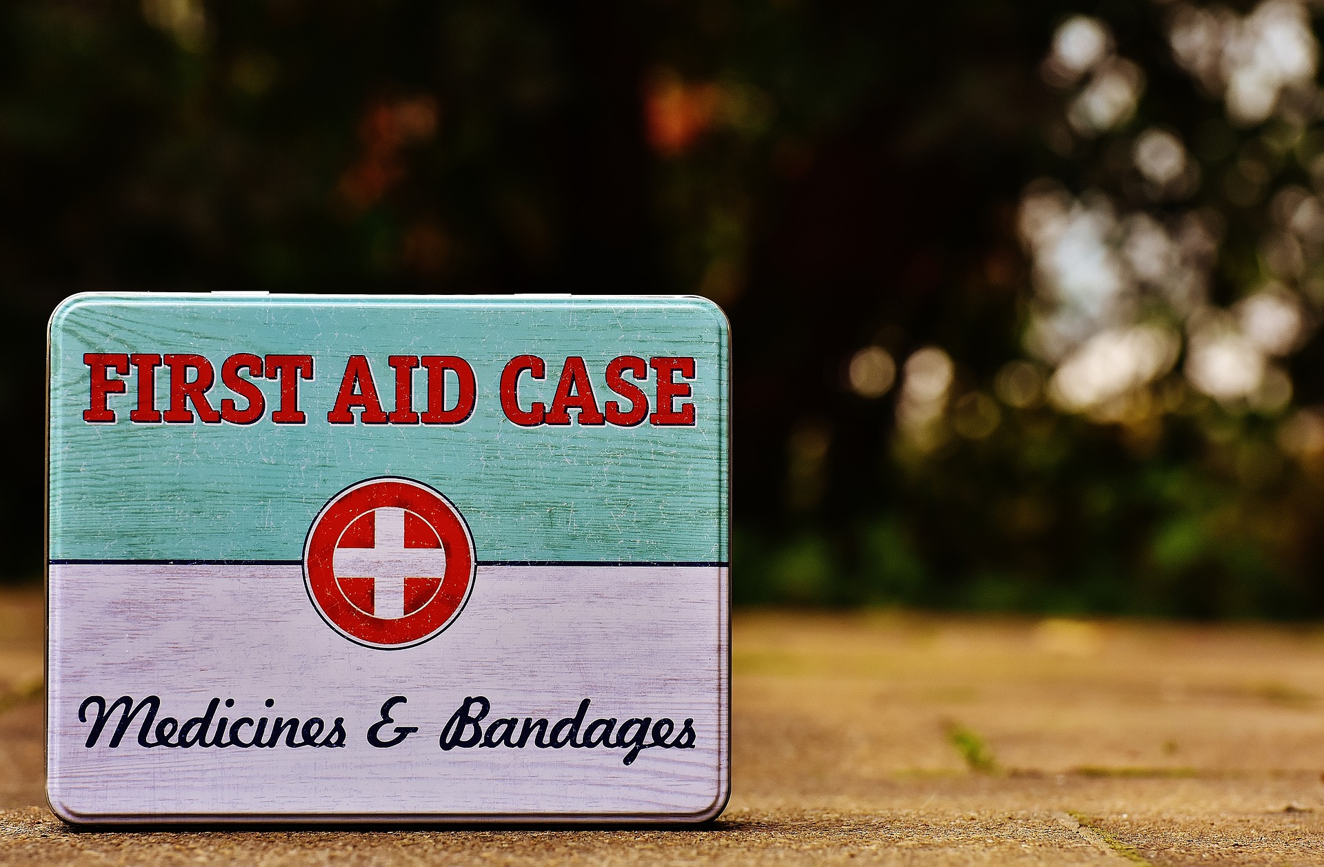 first-aid-1732531_1920