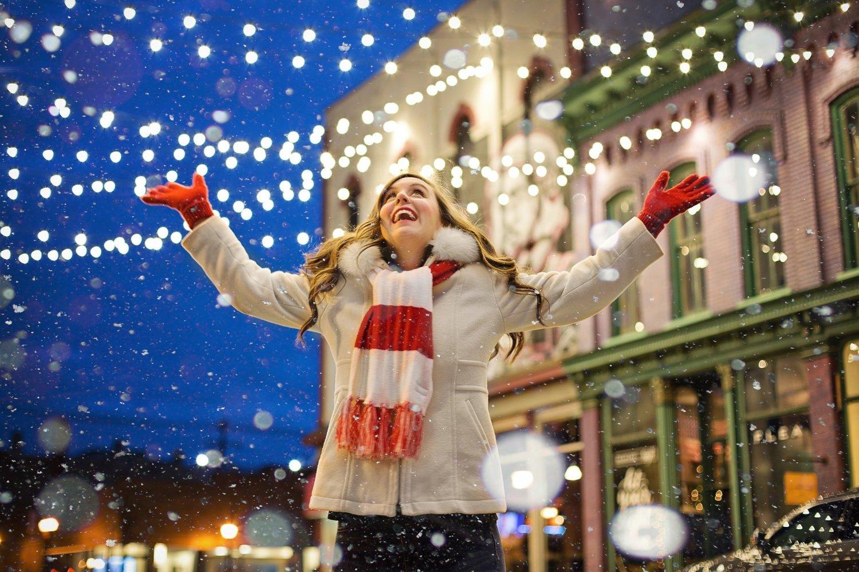 hold onto your christmas spirit -cmallette 0107