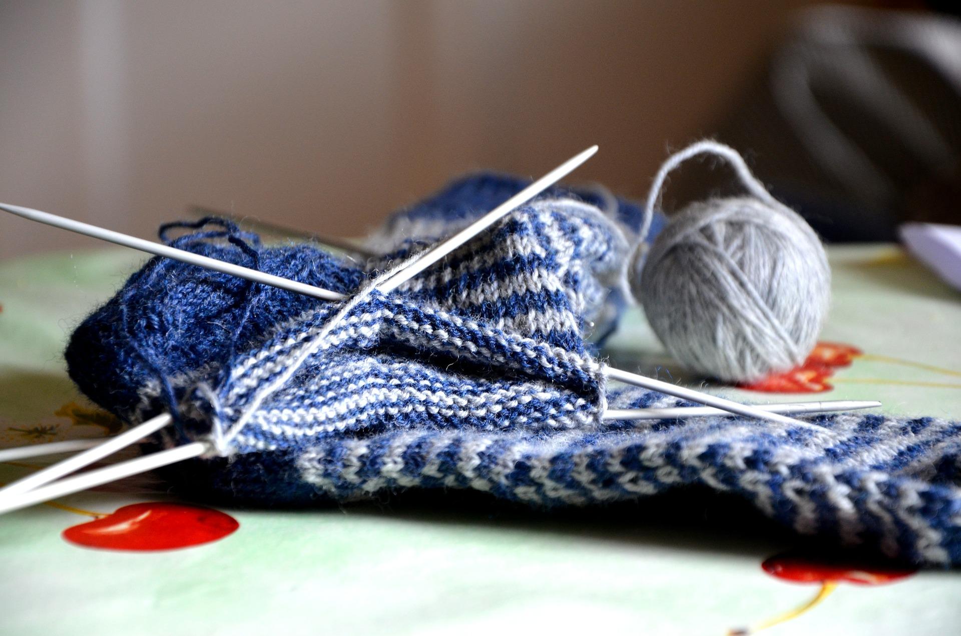 knit-490823_1920