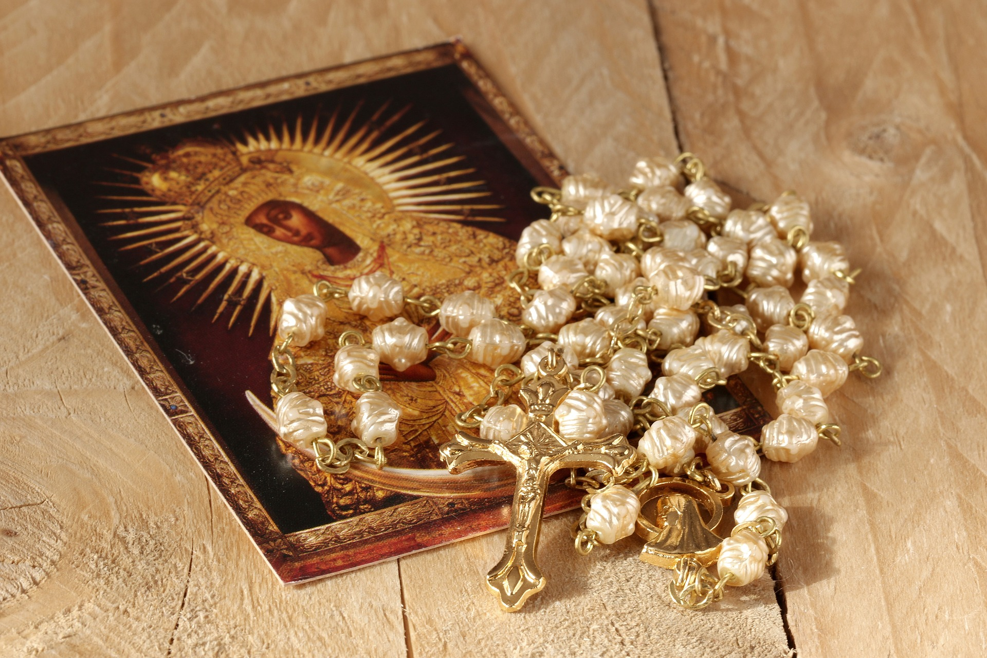 the-rosary-1766404_1920