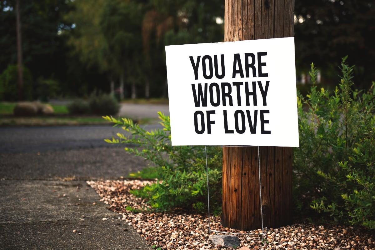 tim mossholder-2018-pexels-worthy of love